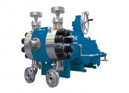 Metering pump with double-acting diaphragm pump head